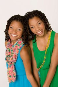 Photo courtesy of ChloeandHalle.com